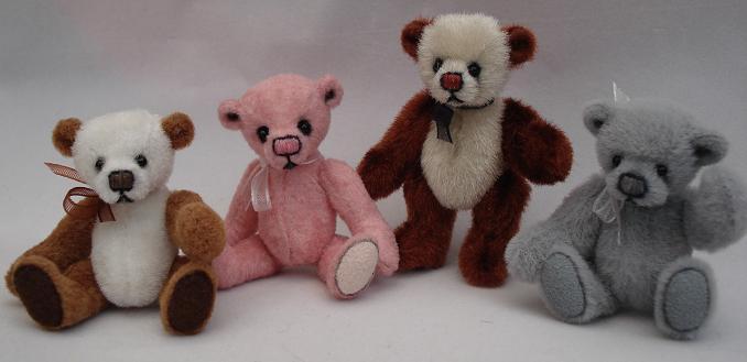 Tiny-bears.jpg