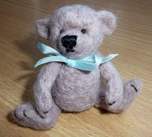 Needlefelted-Bear-2.jpg