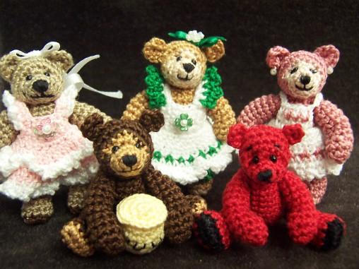 Moms-Thread-Bears-opt.jpg