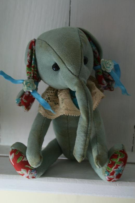 New-elephant-for-ebay-002.JPG