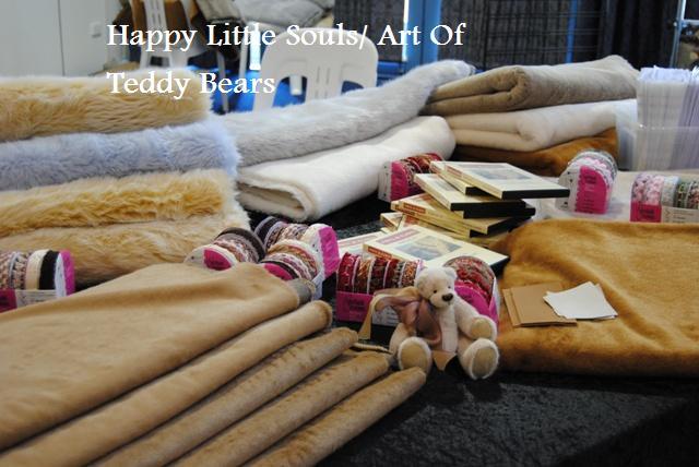 Happy-Little-Souls2.jpg