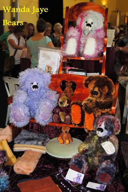 Wanda-Jaye-Bears.jpg